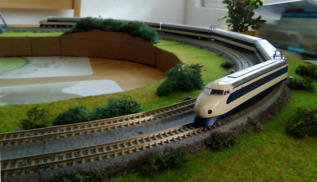 Wanni-san und seine Shinkansen (in Spur N) Shinka13