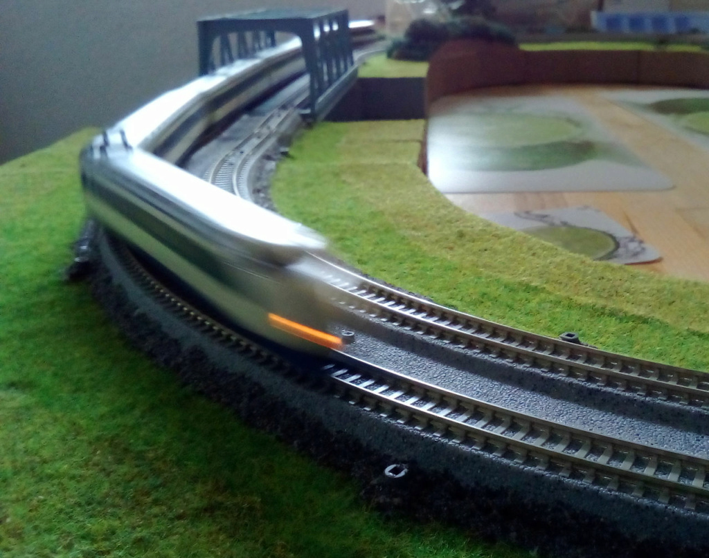 Wanni-san und seine Shinkansen (in Spur N) Shinka16