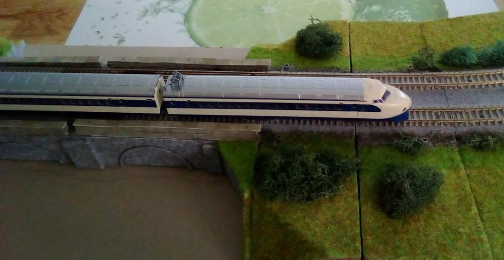 Wanni-san und seine Shinkansen (in Spur N) Shinka17