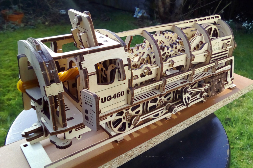 Lokomotive mit Tender UG460 von UGEARS U-460-11