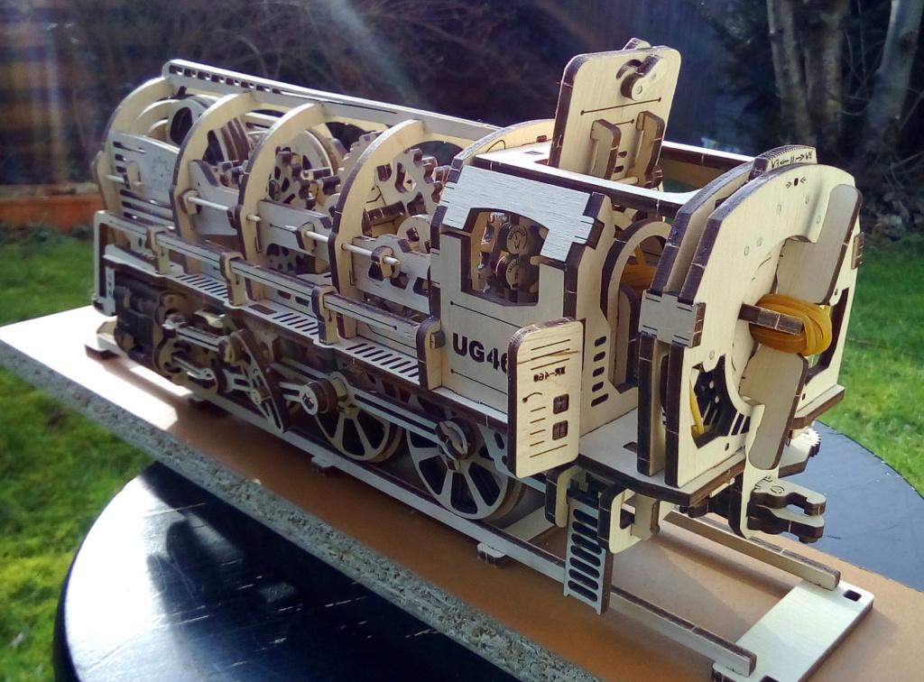 Lokomotive mit Tender UG460 von UGEARS U-460-12