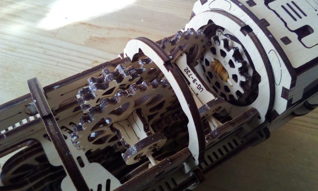 Lokomotive mit Tender UG460 von UGEARS Ugears10