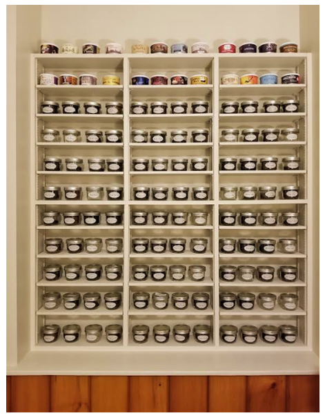 Tobacco jars organized! Bobjar10
