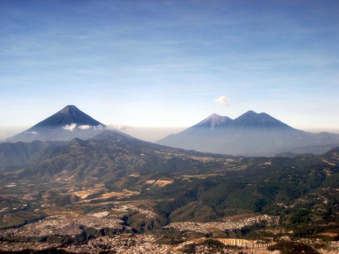 1 centavo Guatemala 1871 Volcan10