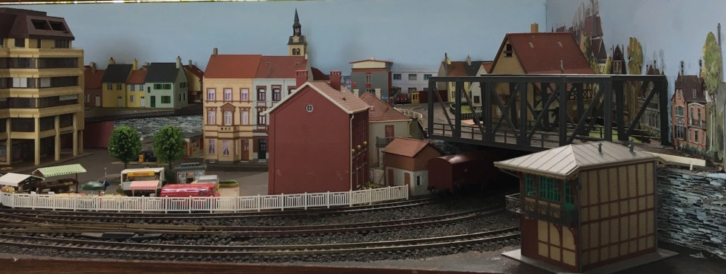 Bruxelbourg.QL - un nouveau projet Img_2012