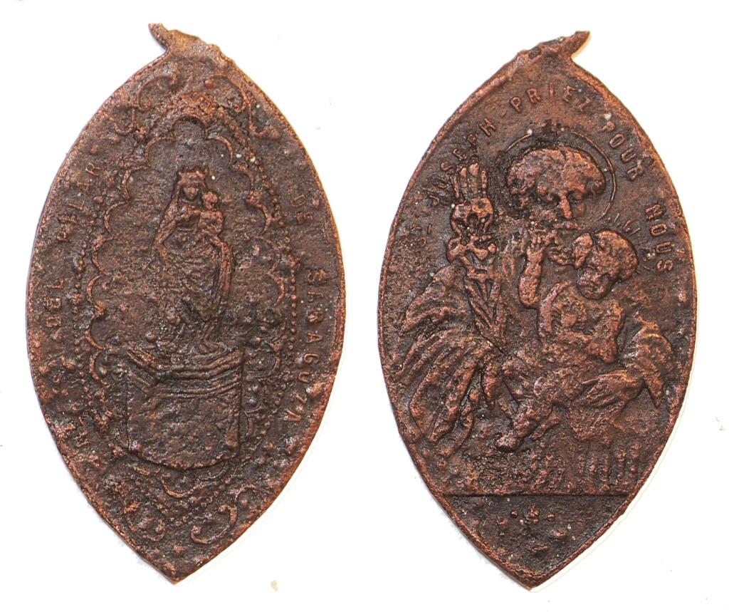 medalla Virgen del Pilar con leyenda en francés Pilar10