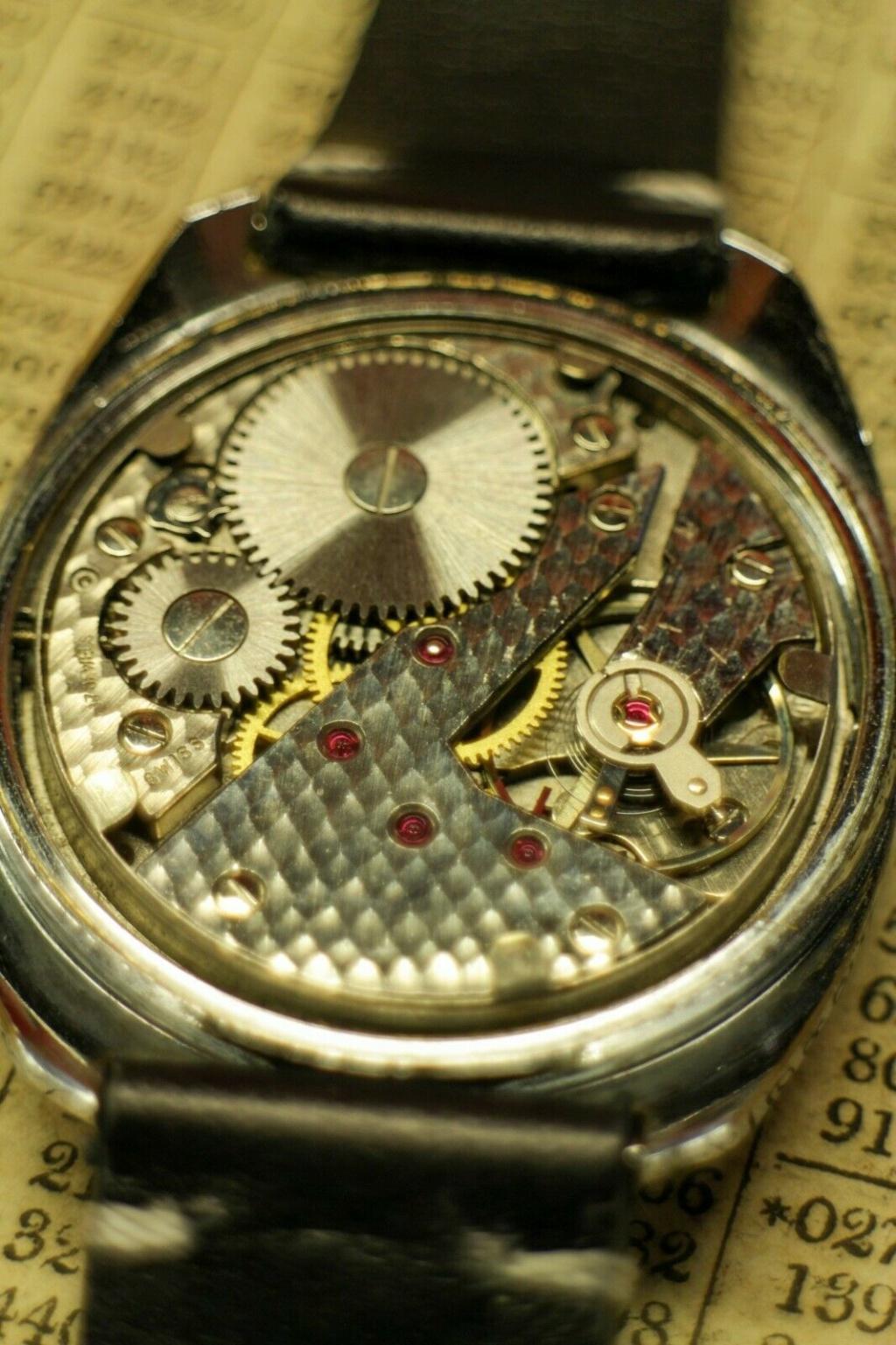 Jaeger - [ICI vos demandes d'IDENTIFICATION et RENSEIGNEMENTS de vos montres] - Page 5 Milljo15