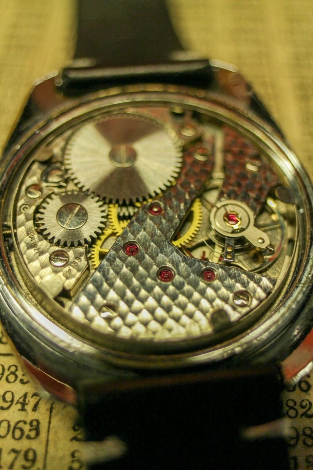 Jaeger - [ICI vos demandes d'IDENTIFICATION et RENSEIGNEMENTS de vos montres] - Page 5 Milljo16