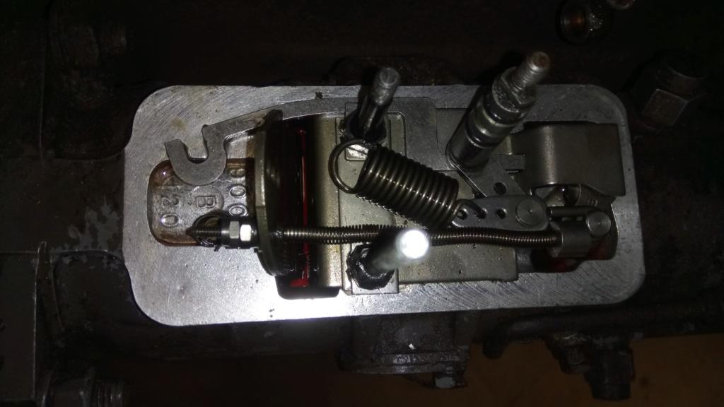 problème arrêt moteur 551-s Dsc_4412