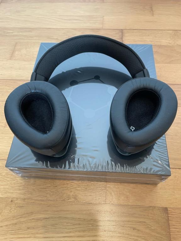 ORA Sound GraphenEQ Headphones Image910