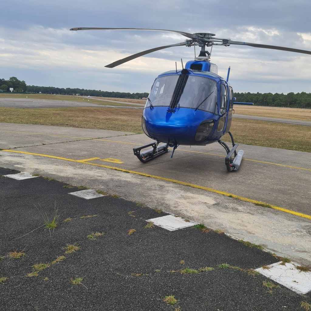 """Vol decouverte Eurocoptere AS350 """"Ecureuil"""" 20210911"""
