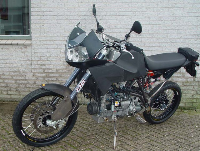.? moto mystère n°132 ?     trouvée 210