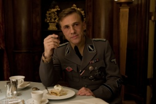 Inglourious Basterds (2009, Quentin Tarantino) - Page 6 Small_39