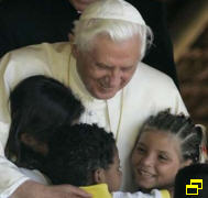 Benoît XVI veut venir à Fatima 18050710