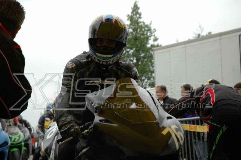 CR PHOTOS Magny cours F1 - Page 2 Depart11