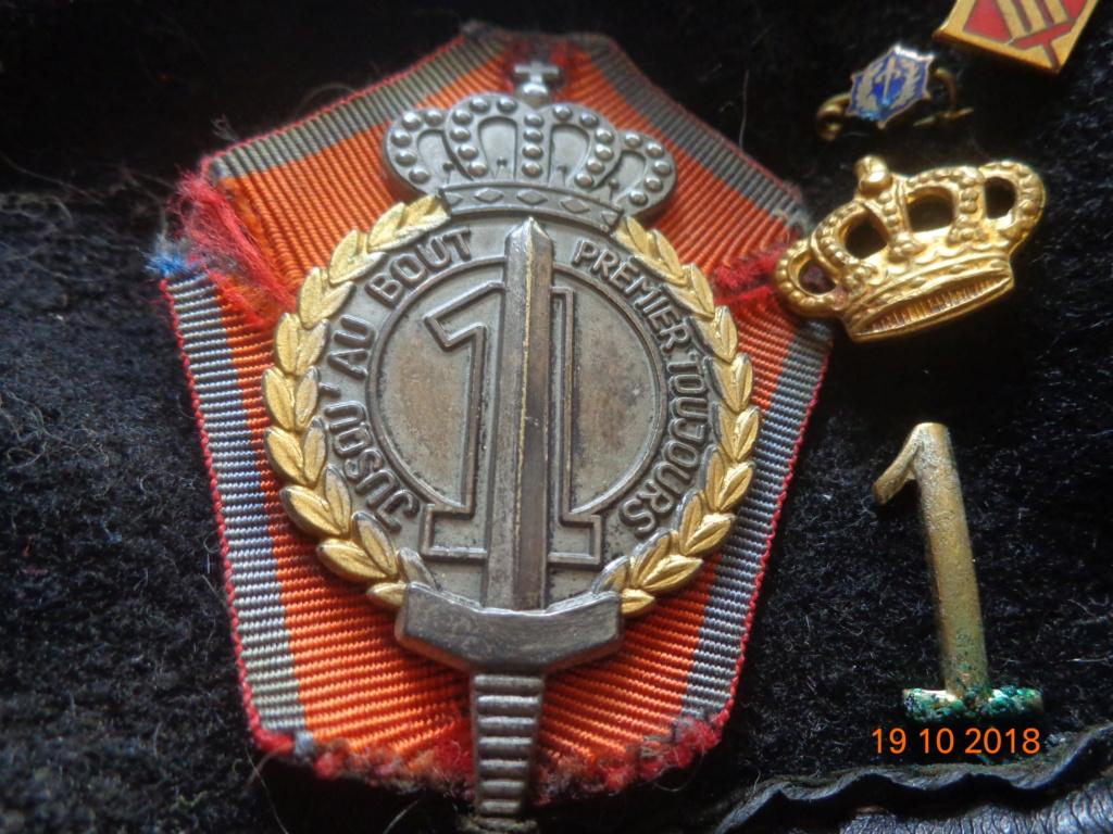 Pour les amateurs....... belges :) médailles de mon papa .... Dsc00311