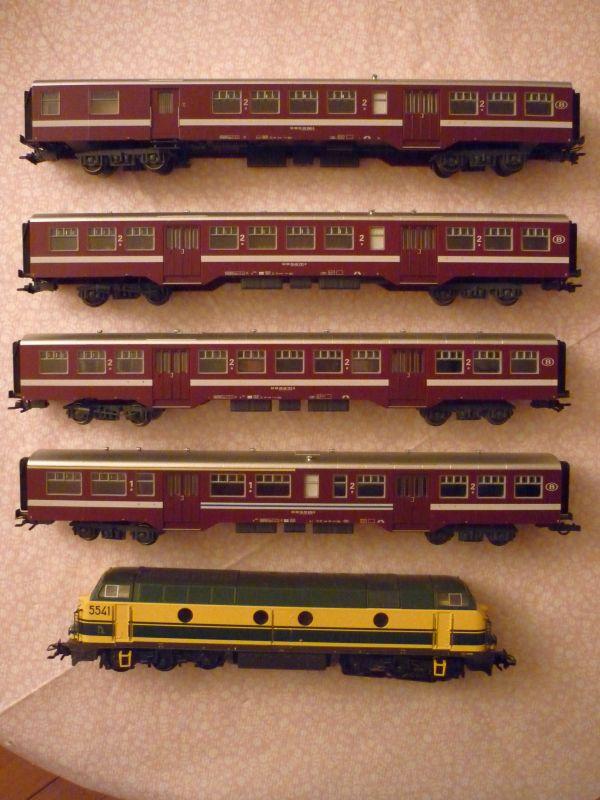 Les compositions voyageurs sur la Ligne du Nord 1980 -2011 en H0 - Page 2 P1040314