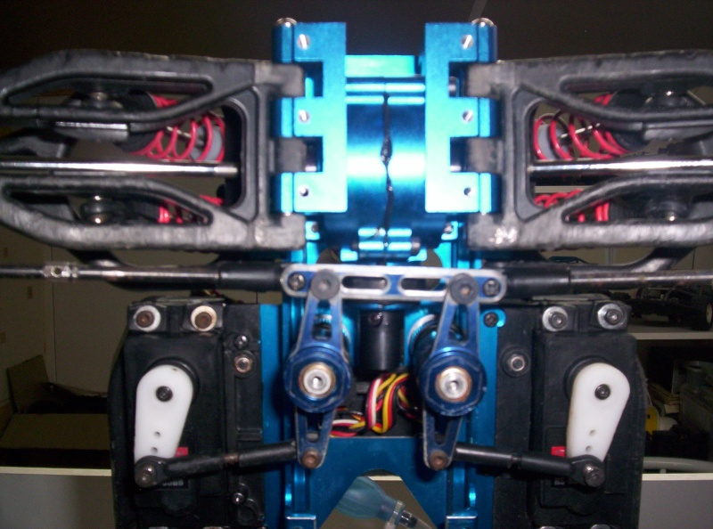 Autopsie et Préparation d'un Thunder Tiger MTA4 S28. 100_0614