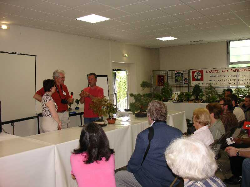 Exposition du Bonsaï Club du Lyonnais 2007 Dsc04315
