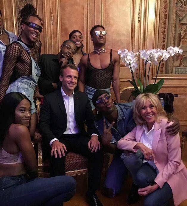 Images diverses - Page 8 Macron11