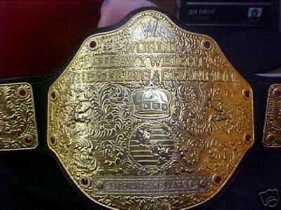 Cinturones de los diferentes campeonatos 01_1_b10