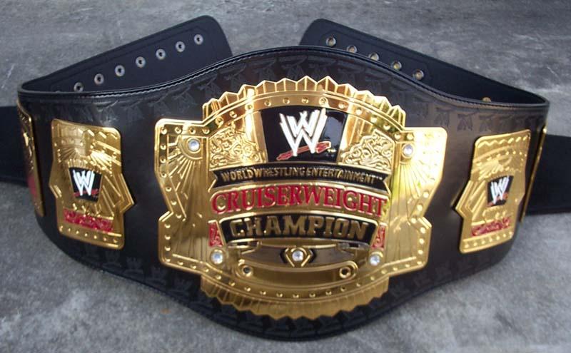Cinturones de los diferentes campeonatos Wwecru10