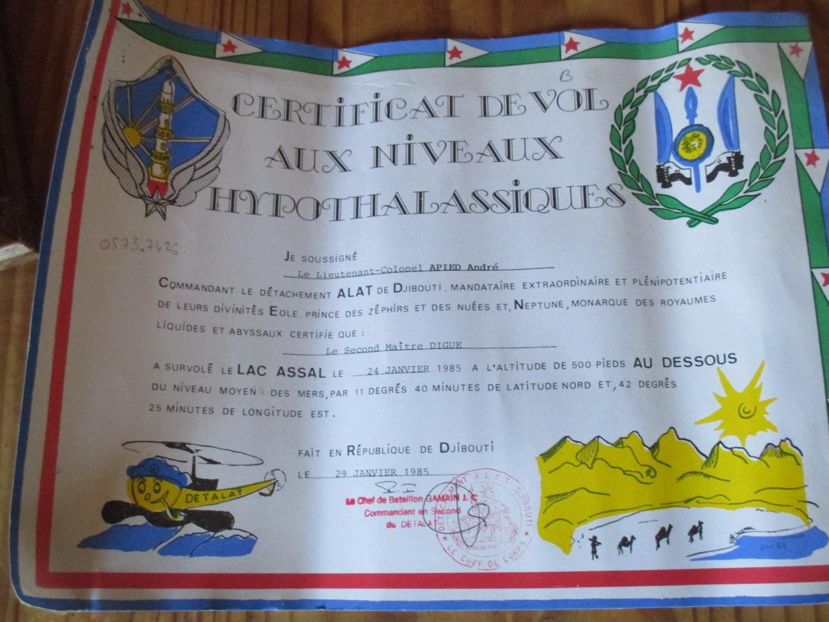 [Les traditions dans la Marine] Certificat de vol aux niveaux hypothalassiques Img_4263