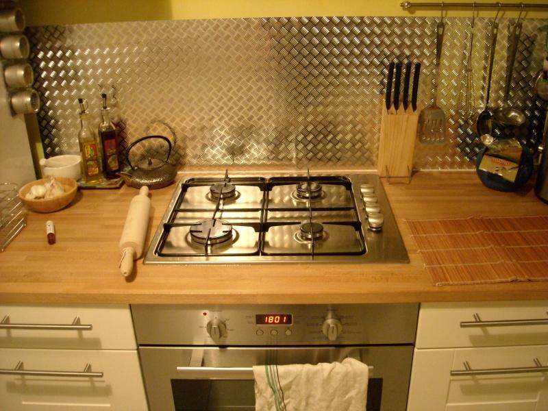 Relooking d'une table de cuisine : quelle galère !! Dscn0210