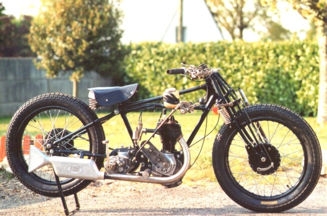 Terrot 350 ( 1930.....????....) petite resto à prévoir Img01210