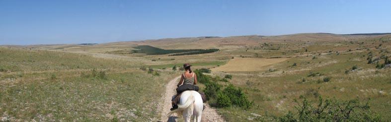 1 mois dans la Lozère (et Gard, Aveyron, etc...) Pano210