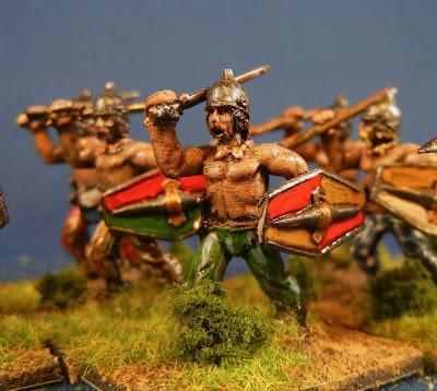 [Liens] Armées gauloises, galates et Bretonnes en métal 1a10