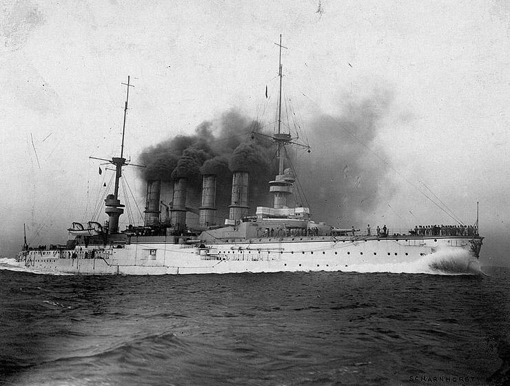 Croiseur SMS Scharnhorst Combrig + torpilleur Strérégutchy échelle 1/350è Debut des traveaux... Sms_sc10
