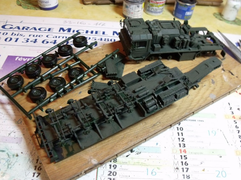 """REVELL 1/72 SLT50-3 """" ELEFANT """" ET Sa aNH.52 T , avec le Panzerhaubitze 2000 et le Fennek dans la même boite - Page 2 Dscf1425"""