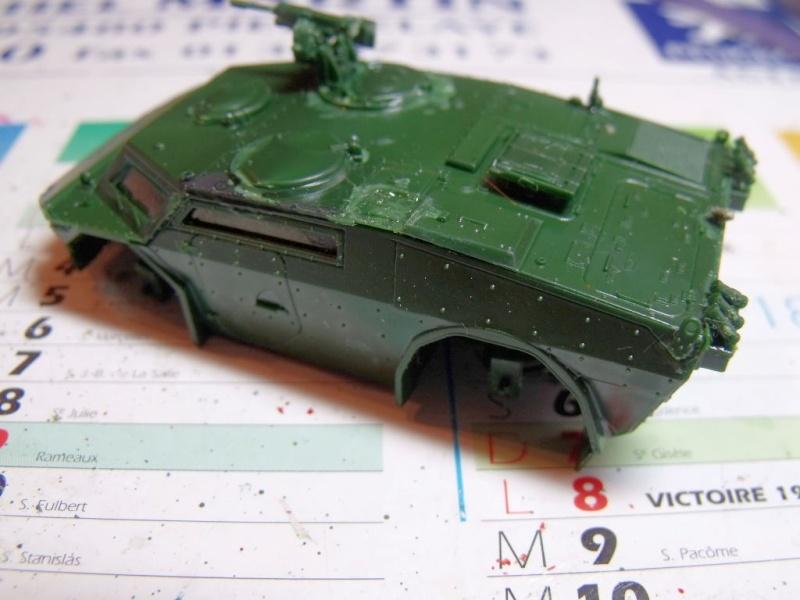 """REVELL 1/72 SLT50-3 """" ELEFANT """" ET Sa aNH.52 T , avec le Panzerhaubitze 2000 et le Fennek dans la même boite - Page 2 Dscf1430"""