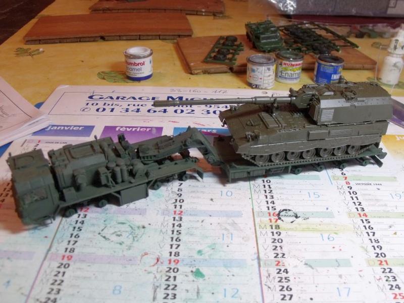 """REVELL 1/72 SLT50-3 """" ELEFANT """" ET Sa aNH.52 T , avec le Panzerhaubitze 2000 et le Fennek dans la même boite - Page 2 Dscf1431"""