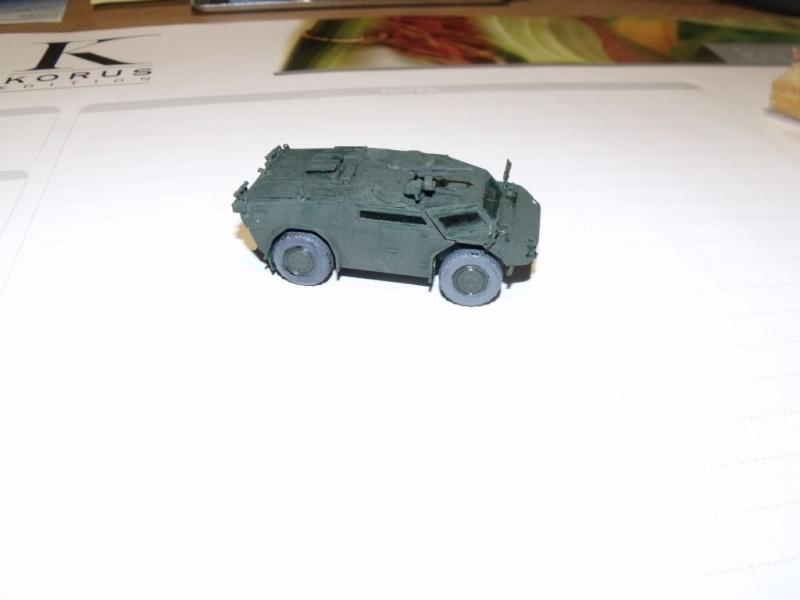 """REVELL 1/72 SLT50-3 """" ELEFANT """" ET Sa aNH.52 T , avec le Panzerhaubitze 2000 et le Fennek dans la même boite - Page 2 Dscf1433"""