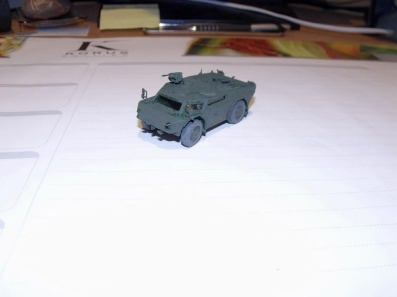 """REVELL 1/72 SLT50-3 """" ELEFANT """" ET Sa aNH.52 T , avec le Panzerhaubitze 2000 et le Fennek dans la même boite - Page 2 Dscf1434"""