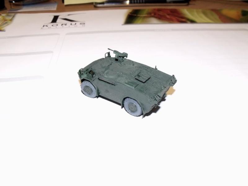 """REVELL 1/72 SLT50-3 """" ELEFANT """" ET Sa aNH.52 T , avec le Panzerhaubitze 2000 et le Fennek dans la même boite - Page 2 Dscf1435"""