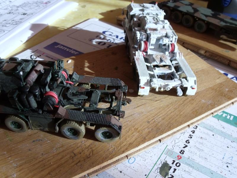 """REVELL 1/72 SLT50-3 """" ELEFANT """" ET Sa aNH.52 T , avec le Panzerhaubitze 2000 et le Fennek dans la même boite - Page 2 Dscf1612"""