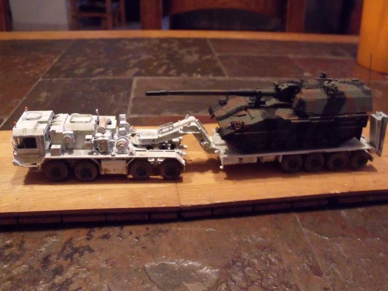 """REVELL 1/72 SLT50-3 """" ELEFANT """" ET Sa aNH.52 T , avec le Panzerhaubitze 2000 et le Fennek dans la même boite - Page 2 Stl51_10"""