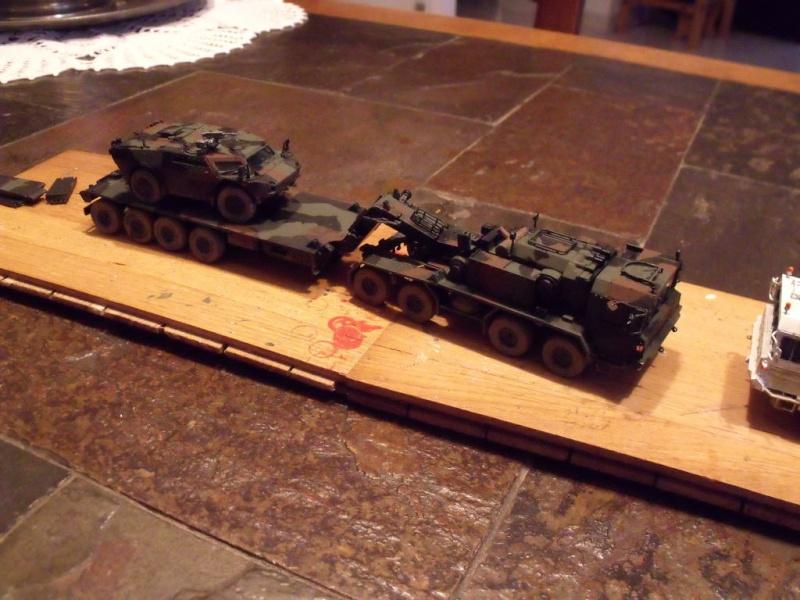 """REVELL 1/72 SLT50-3 """" ELEFANT """" ET Sa aNH.52 T , avec le Panzerhaubitze 2000 et le Fennek dans la même boite - Page 2 Stl52_10"""