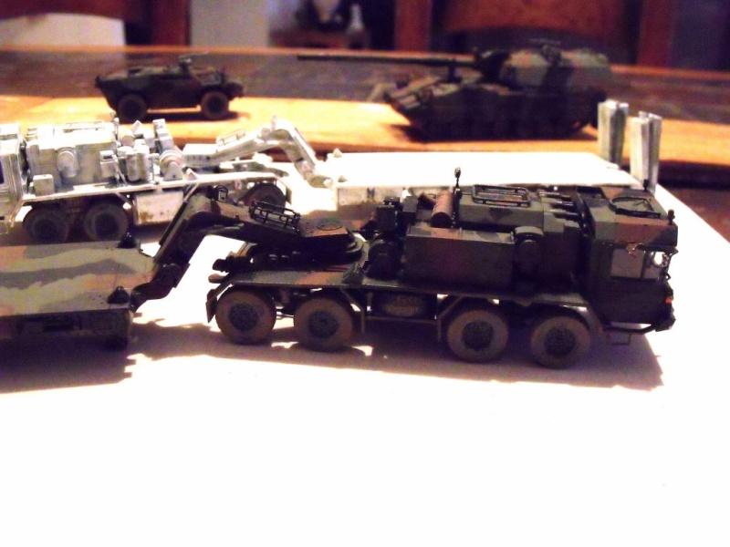 """REVELL 1/72 SLT50-3 """" ELEFANT """" ET Sa aNH.52 T , avec le Panzerhaubitze 2000 et le Fennek dans la même boite - Page 2 Stl55_10"""
