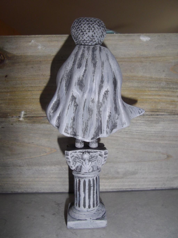 trône et statue Imgp8923