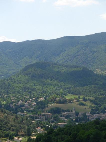 Organisation rencontre V2 Ardèche 8 et 9 juin 2013 - Page 4 Volcan10