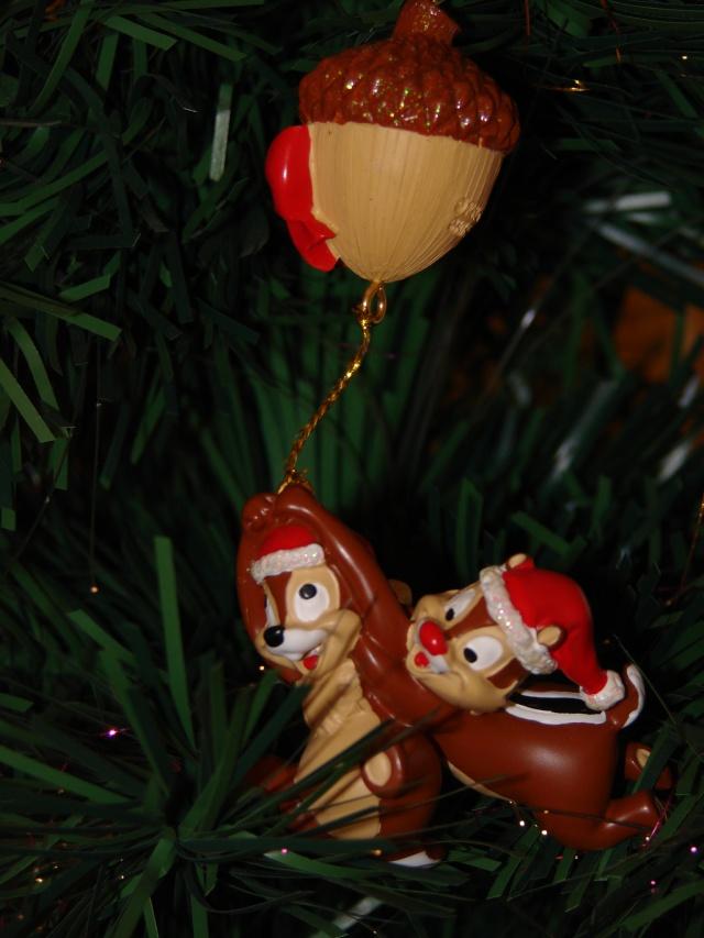 Vos décorations de Noël  Dsc00110