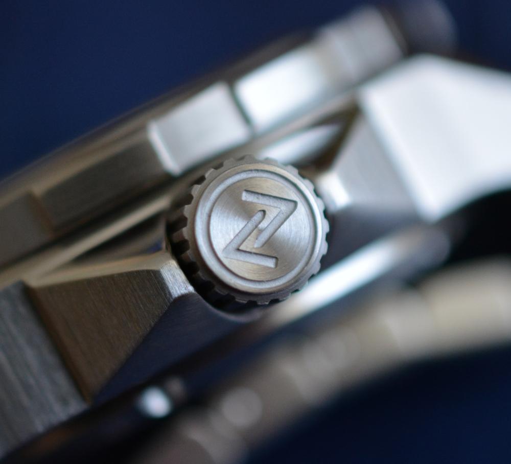 montre ZELOS SWORDFISH V2 300M DIVER Helicale blue Dsc_0427