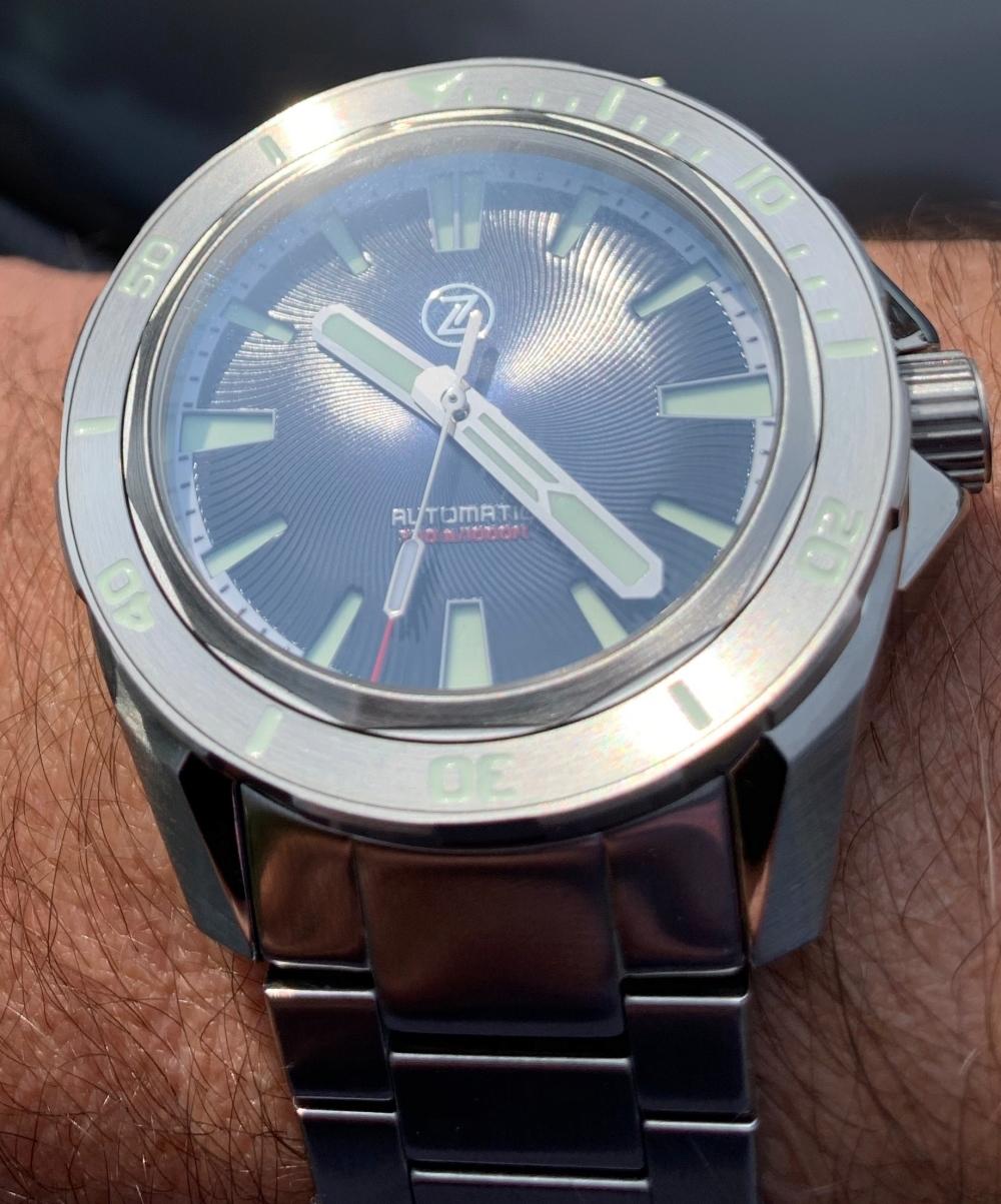 montre ZELOS SWORDFISH V2 300M DIVER Helicale blue Img_0520