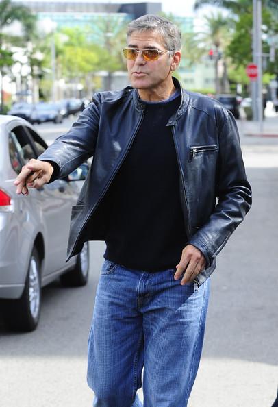 George Clooney George Clooney George Clooney! - Page 7 1410
