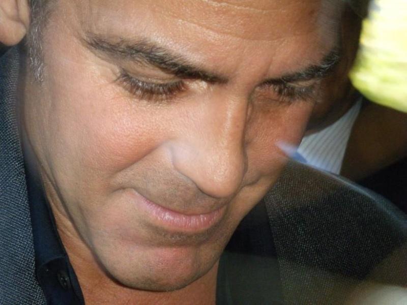 George Clooney George Clooney George Clooney! - Page 5 820_pi10