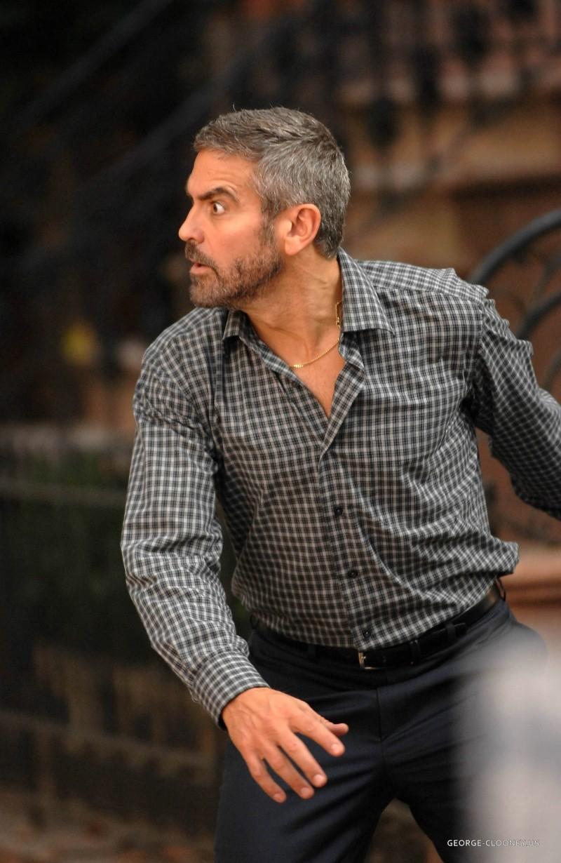 George Clooney George Clooney George Clooney! - Page 7 Barset10